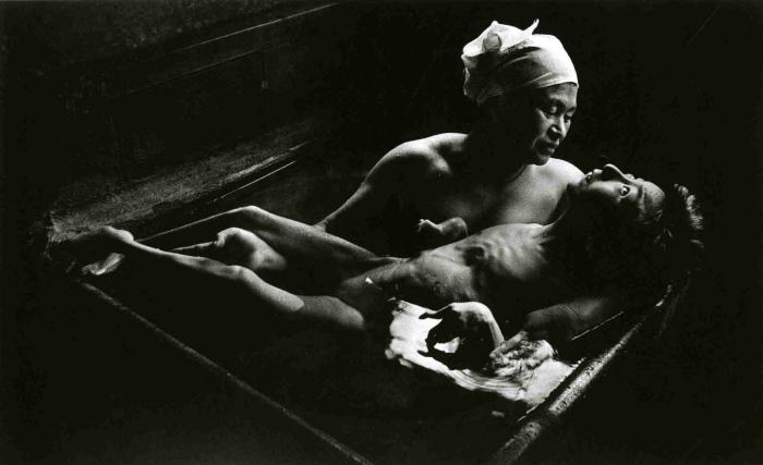 """EugeneSmith"" Tomoko Uemura In Her Bath 1971 Big"